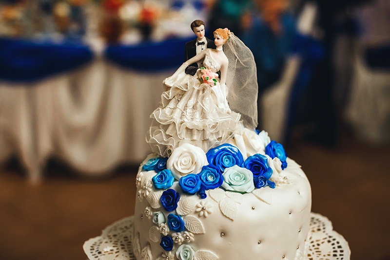 Wedding cake shutterstock_1064587397 SMALLER.jpg